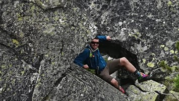 My day hike gear list for summer